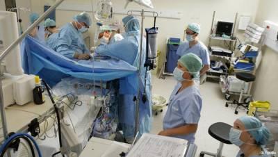 علماء يطورون آلة تبقي الكبد حيا خارج جسم الإنسان