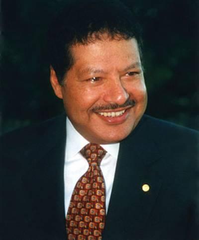 العالم أحمد زويل