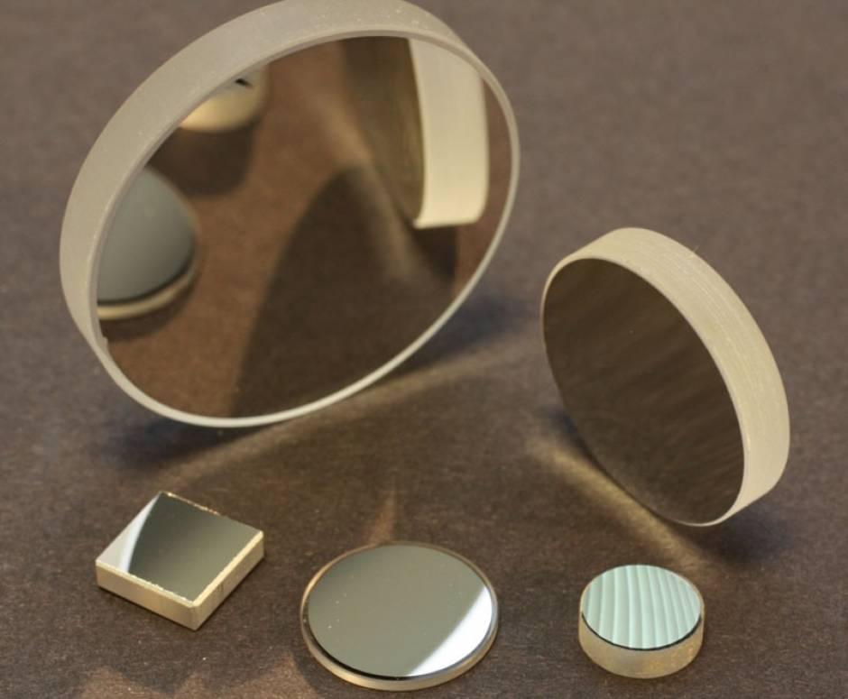 المرايا الكروية Spherical Mirrors